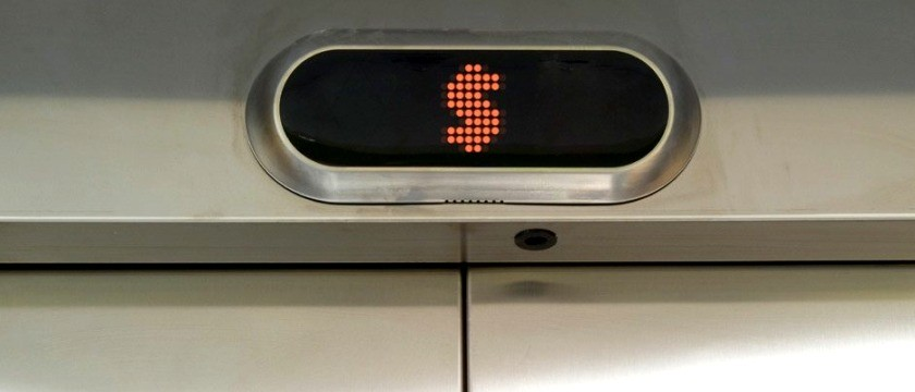Como saber se o gasto mensal com os elevadores está alto ou não?
